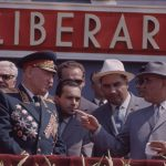 Mareşalul sovietic şi Gheorghe Gheorghiu Dej la defilarea din Bucureşti de 23 august 1964