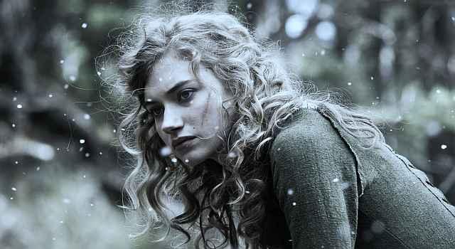 Imogen Poots în rolul vrăjitoarei celte Arianne, filmul Centurion