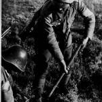 Soldati romani dezgroapa mine langa Nistru