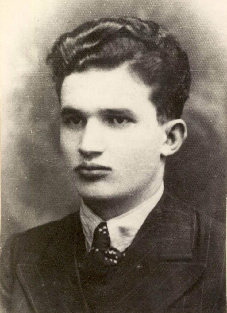 1939 - Portret Nicolae Ceausescu din 1939 Fototeca online a comunismului românesc cota 3-1939