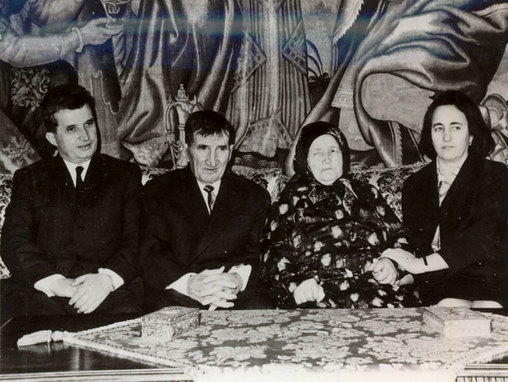 1968 - Nicolae Ceauşescu împreună cu părinţii săi Fototeca online a comunismului românesc cota 2-1968