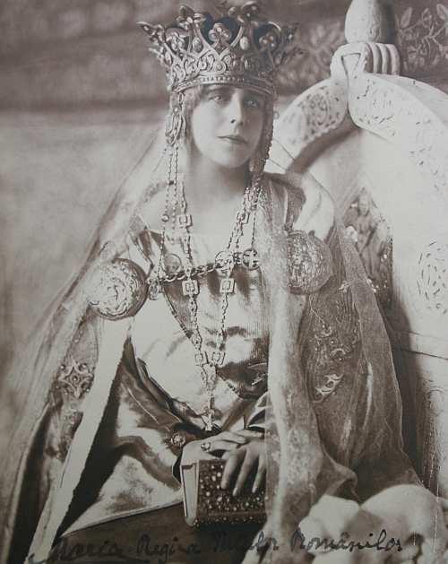 Image result for regina maria imagini
