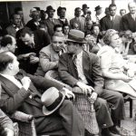Ana Pauker, în stânga ei Gheorghe Gheorghiu Dej discută cu Vasile Luca, la Congresul General al Frontului Plugarilor care a avut loc pe stadionul A.N.E.F. pe 24 iunie 1945. Fototeca Comunismului Românesc cota206/1945.