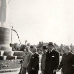 """Ana Pauker, îndreptându-se spre parcul de cultură şi odihnă """"I.V. Stalin"""" (actualul parc Herăstrău din Bucureşti), cu prilejul inaugurării acestuia. (1.05.1951). Fototeca Comunismului Românesc cota 36/1951"""