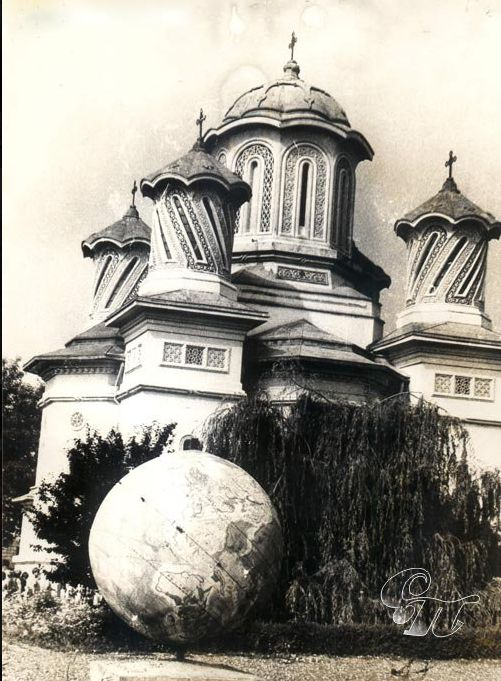 Biserica Sfanta Cuvioasa Parascheva Balti transformata in planetariu