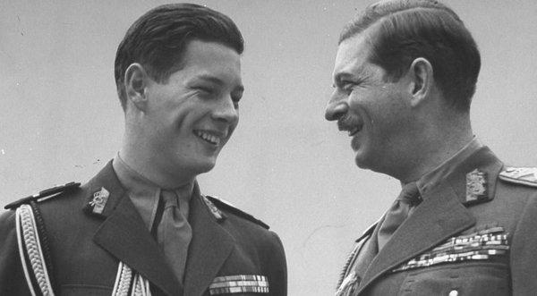 Mihai și regele Carol al II-lea
